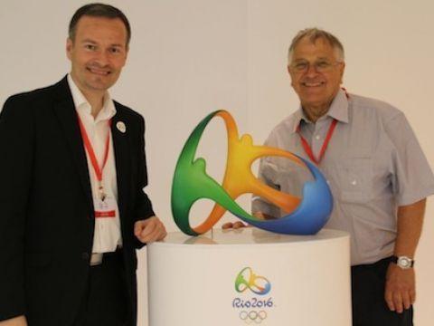 Raúl Calín y Neil Harwood en su visita a Río. (Foto: ITTF)